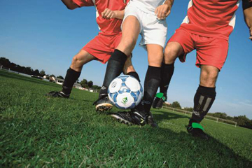 fussballspieler-sportplatzknigge_360x240