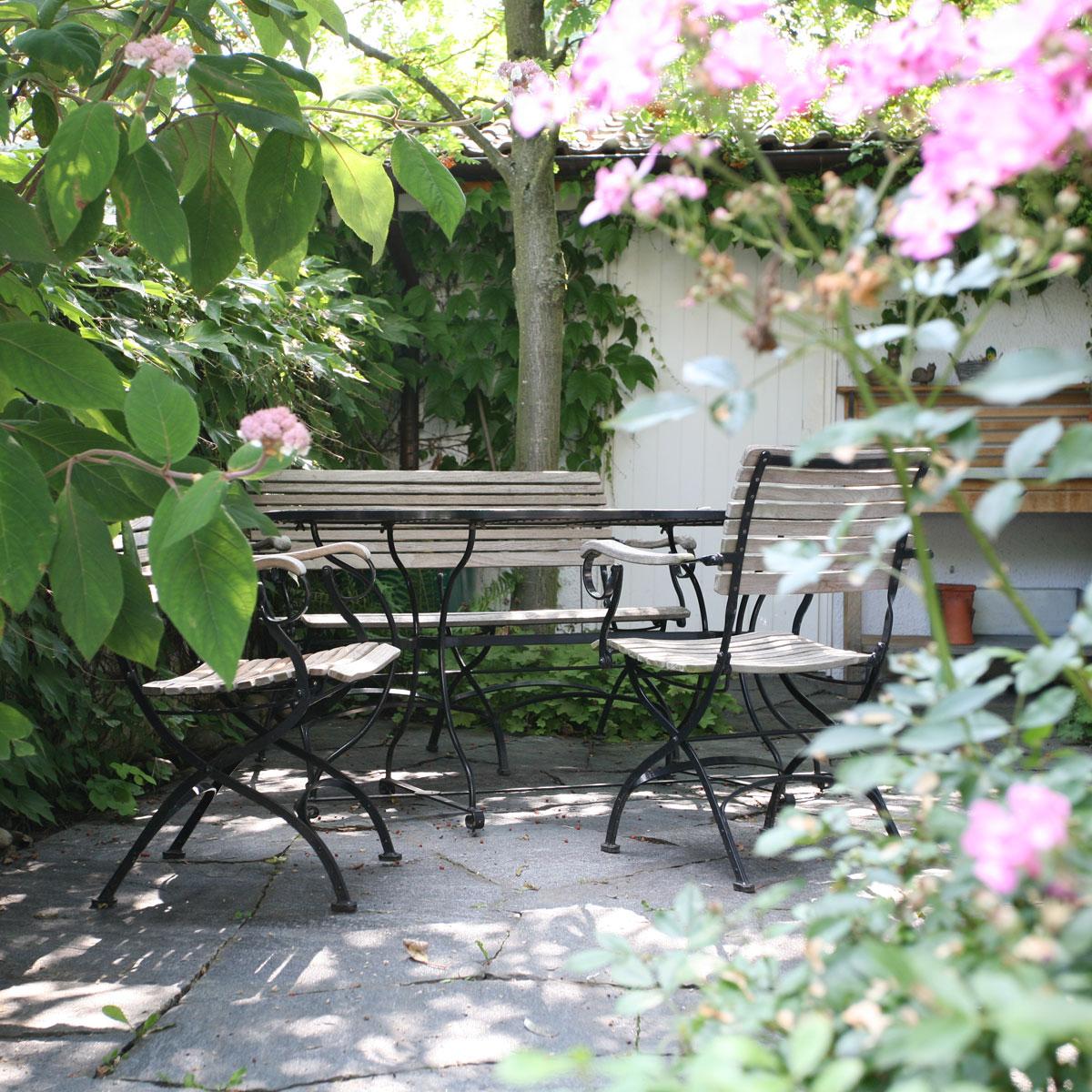 Moderne gartengestaltung rund um den bodensee haas galabau for Gartengestaltung rund