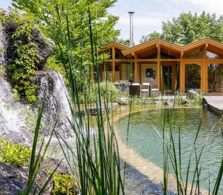 Schwimmteich im Haas Schaugarten